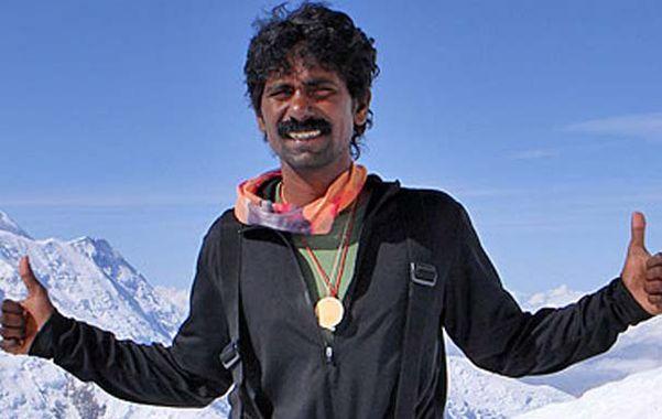 Hallan muerto al montañista indio Babu