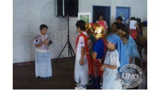 #UNOenLaCalle: vía crucis de los niños