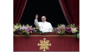 En su mensaje de Pascua, el Papa denunció el absurdo derramamiento de sangre