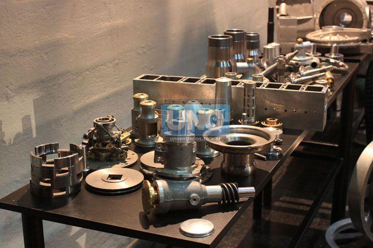 Proceso. La muestra ofreció detalles de las piezas. (Foto UNO/Juan Ignacio Pereira)