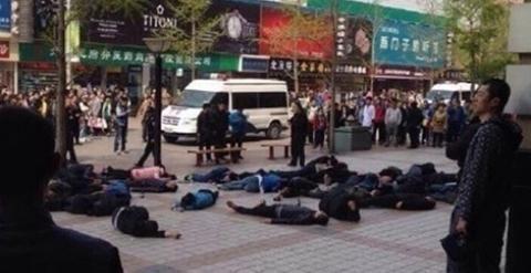 Más de 30 taxistas fueron hospitalizados tras intentar suicidio masivo