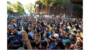 Hinchas Xeneizes festejando el aniversario de Boca. Foto: Télam
