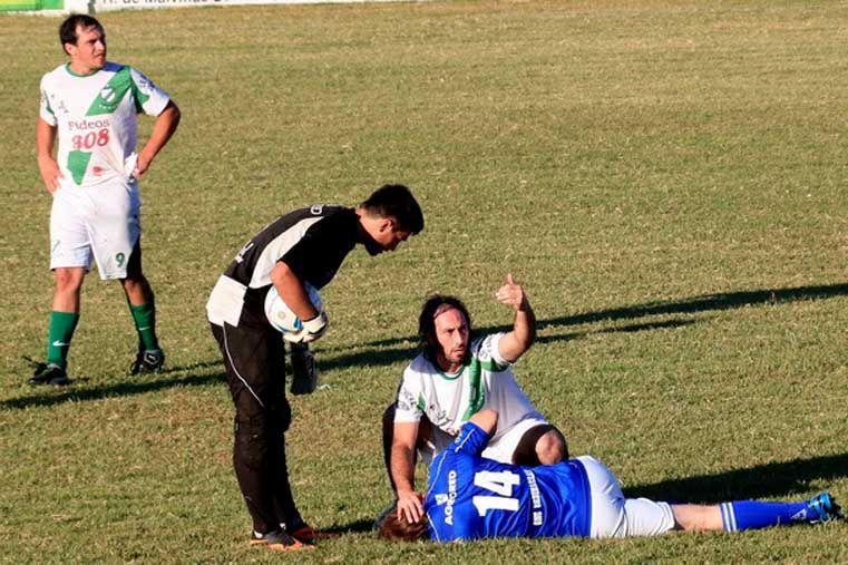 Brutal agrasió en el fútbol de Gualeguaychú. Foto: El Día de Gualeguaychú