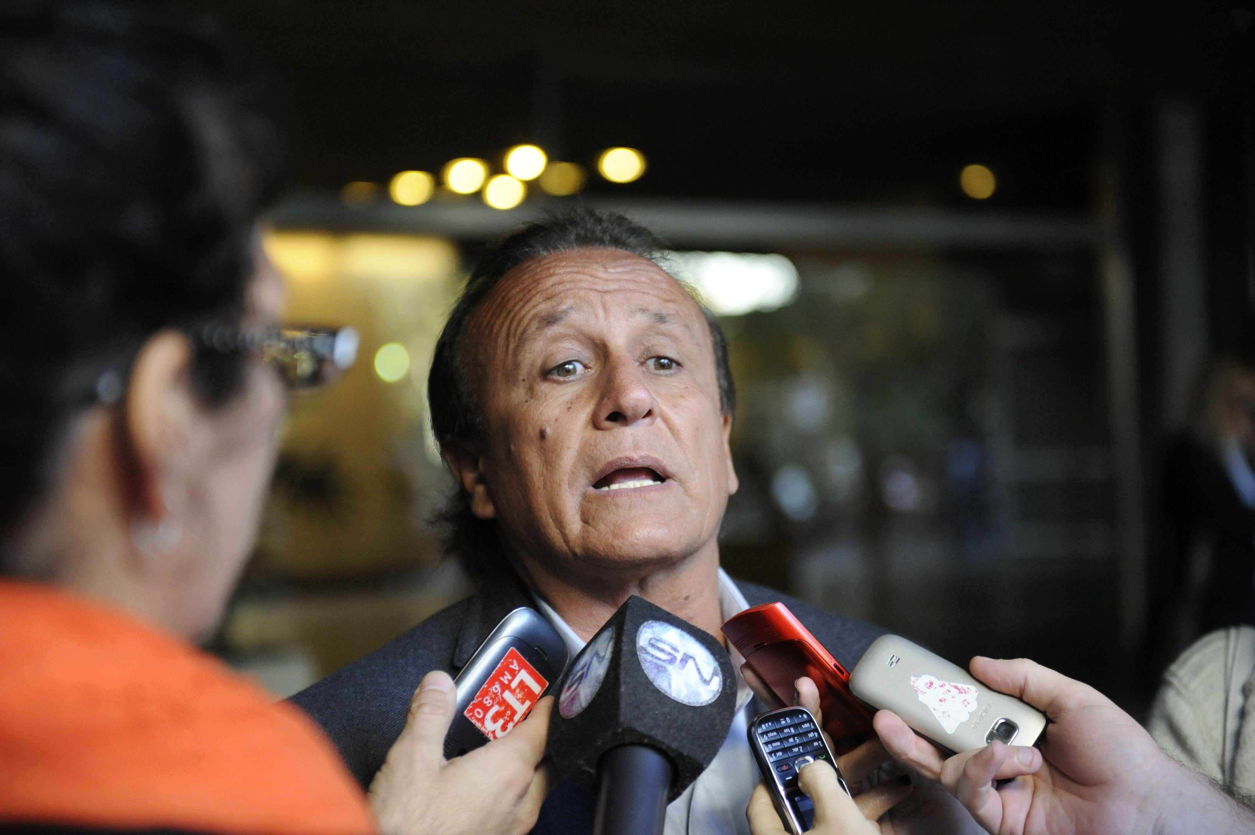Denuncian por discriminación a Miguel del Sel por comentarios sexistas en spot