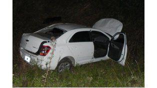 Con suerte. El conductor del Chevrolet Prisma solo sufrió lesiones leves.