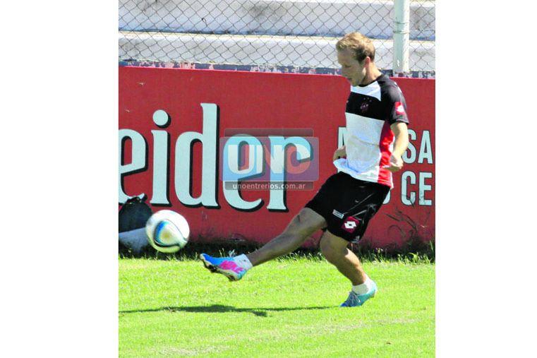 Spinelli debutará mañana como titular en la B Nacional. (Foto UNO/Juan Ignacio Pereira)