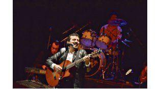 MIXTO. El disco fue grabado en parte en estudio y otra parte en vivo.