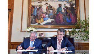 Recíproco. Ambos gobernadores vieron ventajas en el acuerdo de ayer.