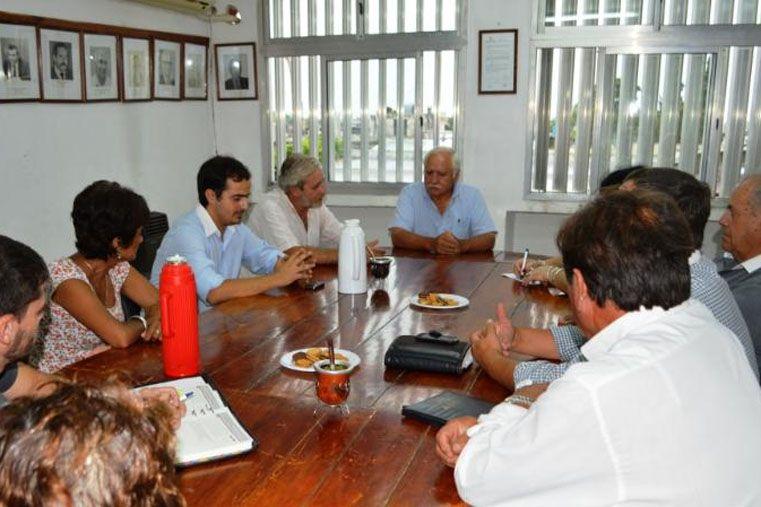 Renatea y Juntas de Gobierno promueven el empleo en Nogoyá