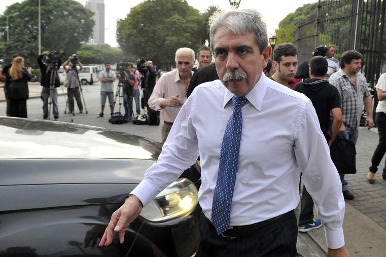 Entra Fernández