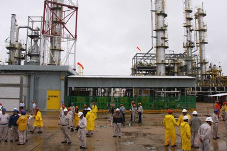 Se agrava el conflicto en el sector petroquímicio