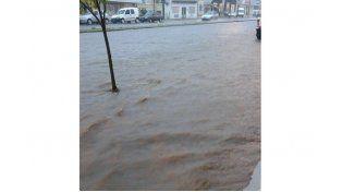 Calle Almafuerte al 500. Foto: Magui Colman/ Paraná hacia el Mundo
