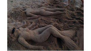 Las esculturas en arena engalanan los balnearios