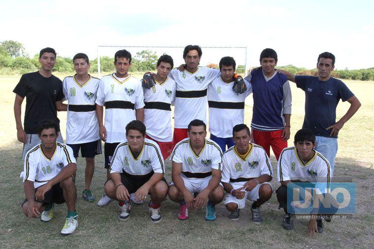 Los varones. Los chicos se preparan para formar parte de la Liga Paranaense de Fútbol en la categoría Primera División y Sub 20. Foto UNO/Diego Arias