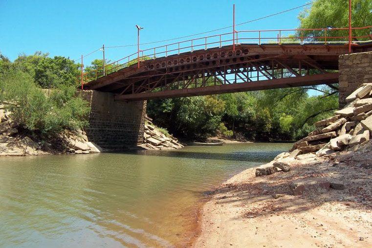 El cadáver encontrado en el arroyo La Leche era un ciudadano uruguayo