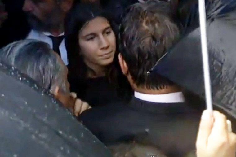 #VIDEO: Así llegaban Arroyo Salgado y su hija a la marcha