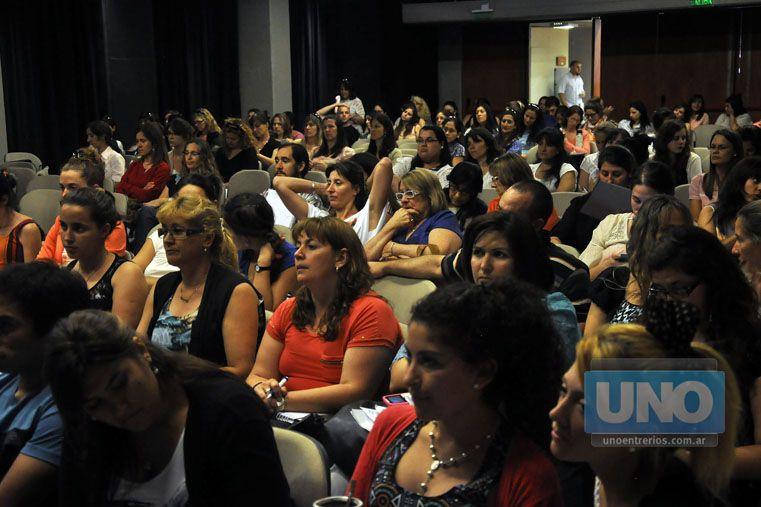 Iniciativas. Docentes y psicopedagogos se interesan por el tema. Foto UNO/Archivo