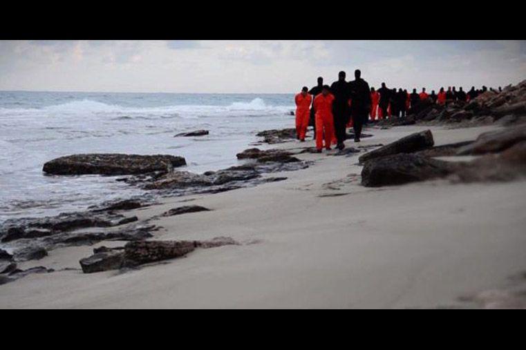 Las 20 decapitaciones en Libia despertaron indignación mundial