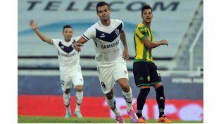 Vélez venció a Aldosivi en el partido que abrió el torneo