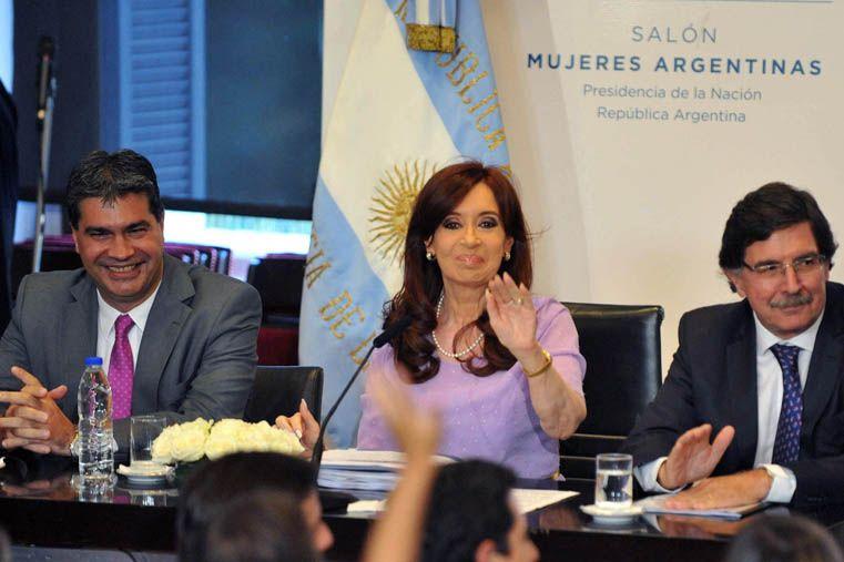 Cristina reclamó que todos los candidatos exhiban sus declaraciones juradas