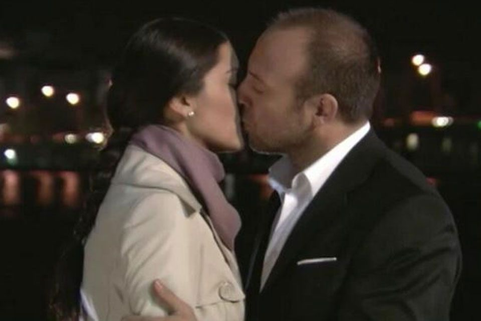 Y llegó el beso de Sherezade y Onur