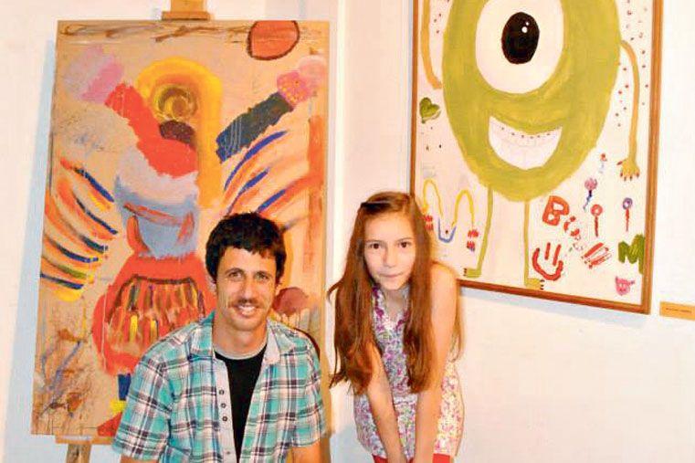 CON SU APRENDIZ. En marzo comenzará el taller de dibujo y pintura  para niños.