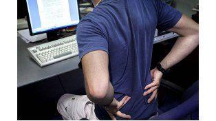 Un estudio revela cuándo y por qué a las personas les duele la espalda
