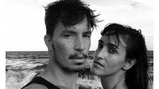 Emmanuel Horvilleur publicó una foto de su novia en topless