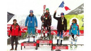 El hijo de Valeria Mazza triunfa en las pistas de esquí