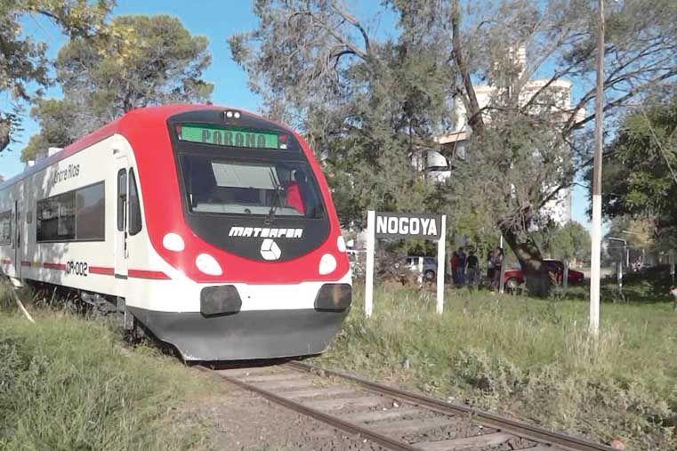 PARA DISFRUTAR EL PAISAJE. Desde Paraná a Concepción hay siete horas en tren.