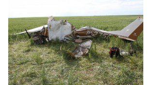 Un piloto se quiso sacar una foto mientras volaba, estrelló el avión y murió