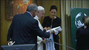 La emoción de Lucha Aymar en su visita al Papa Francisco