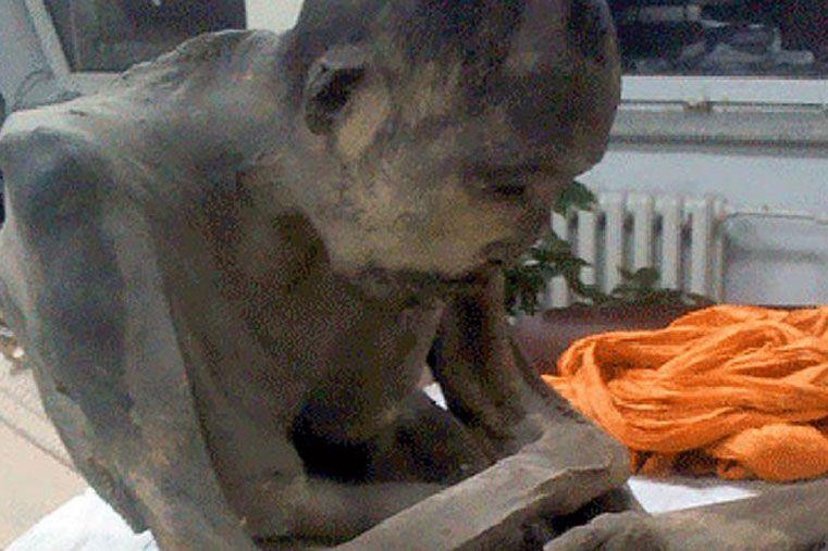 Encuentran la momia de un monje tibetano en estado de meditación