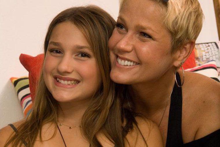 La hija de Xuxa ya deslumbra con su belleza