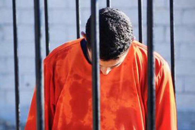 Estado Islámico difunde un vídeo en el que quema vivo al piloto jordano secuestrado