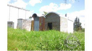 Cementerio Municipal: El Panteón de los Caidos en Malvinas en estado de abandono
