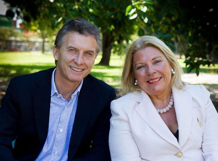 Macri y Carrió anunciaron una alianza para competir en las primarias