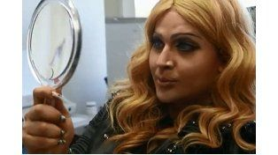 Gastó 175.000 dólares en cirugías para parecerse a Madonna