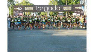 Foto Gentileza/DeportesVillaAdela.com.ar y Triatlón de La Paz