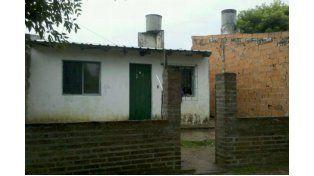 Seis fueron los allanamientos realizados por personal de la División Homicidios de la Dirección Investigaciones en fincas ubicadas en el barrio El Morro de Paraná.