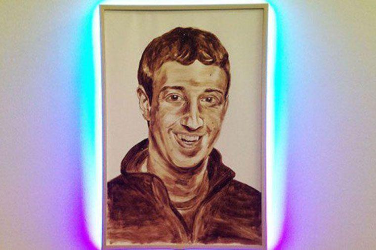 Artista pintó el retrato del creador de Facebook con materia fecal