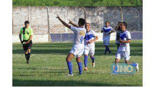 Los jugadores del equipo de La Floresta festejan uno de los tantos. Foto UNO/Juan Ignacio Pereira