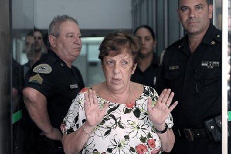 Berni cuestionó al hombre que le entregó el arma al fiscal