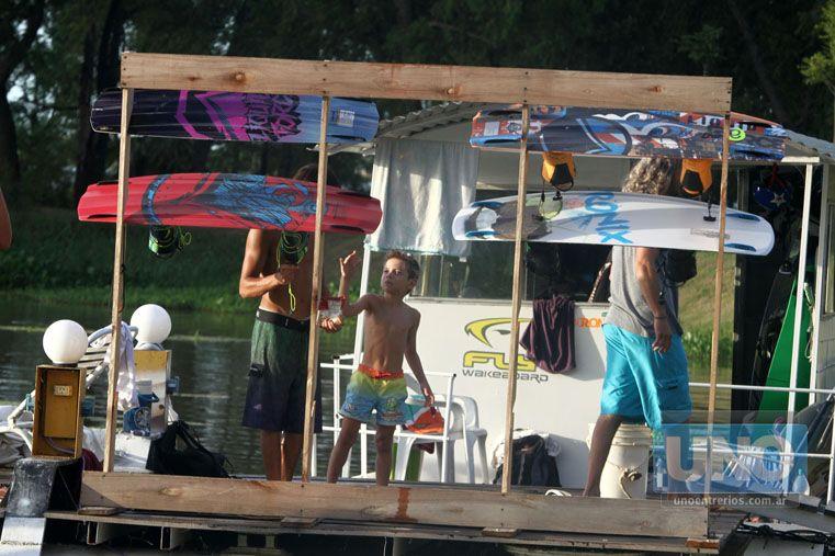El futuro. Los miniriders son el futuro del wakeboard argentino.  Foto UNO/Diego Arias