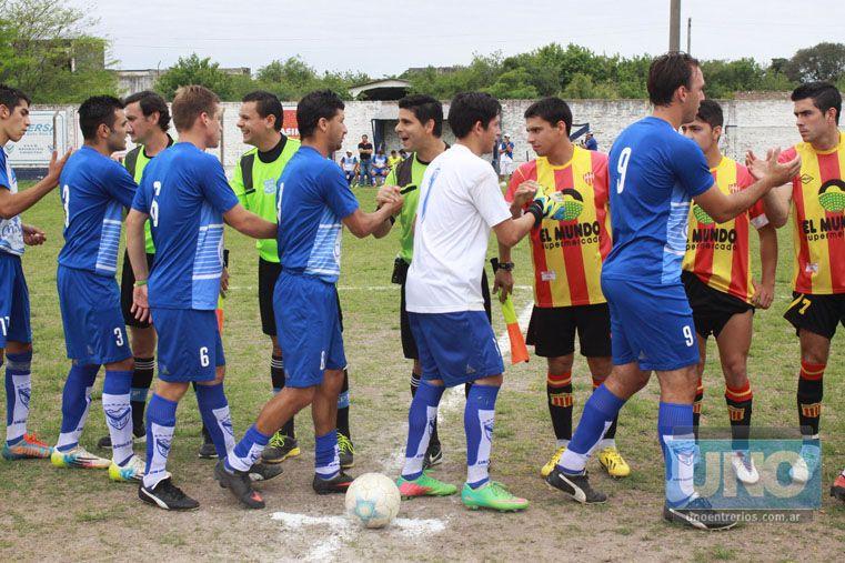 EN LA SEGUNDA. Atlético Neuquén y Sportivo Urquiza se cruzarán en el segundo capítulo de la Zona 38.  Foto UNO/ Juan Ignacio Pereira