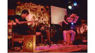 DANDY TRÍO.  La agrupación ofrecerá un repertorio tanguero en la Usina Cultural.