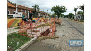 Paseo. Cada vez son más los paranaenses que realizan actividades recreativas por el bulevar.   Foto UNO/Diego Arias