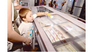 Linternas en el museo