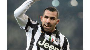 Tevez tuvo una gran actuación y marcó dos goles para la Juventus