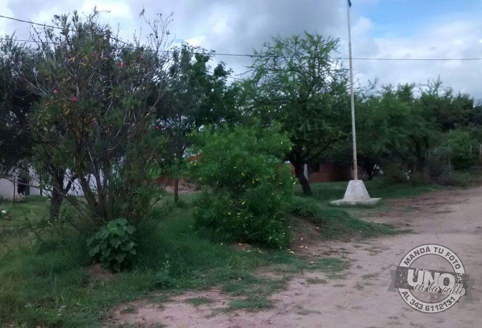 Vecinos del barrio Aceitero en Bajada Grande